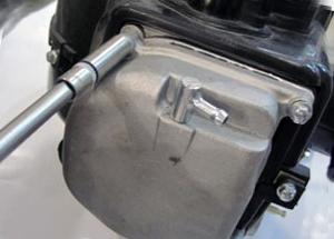Как настроить клапаны на 4-тактном скутере Фото1